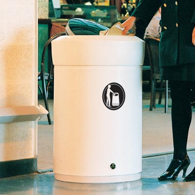 Statesman™ Trash Can